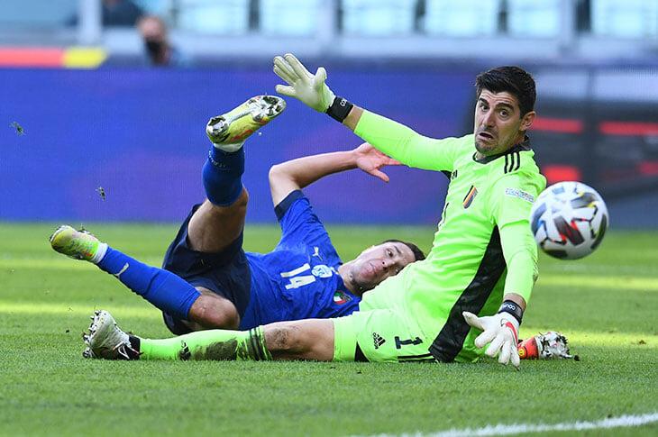 «Они не думают об игроках, только о своих карманах». Куртуа наехал на УЕФА из-за перегруженного календаря