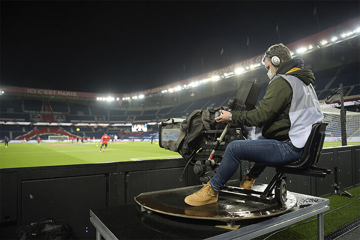 Во Франции крах ТВ-контракта почти на миллиард евро. Лига сидит в кредитах и лишилась роста