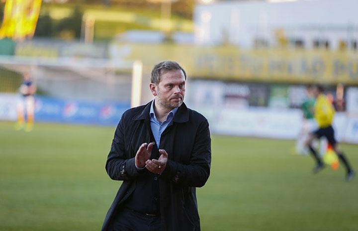 телевидение, Сборная Исландии по футболу, Евро-2016, высшая лига Исландия, КР Рейкьявик, Гудмундур Бенедиктссон