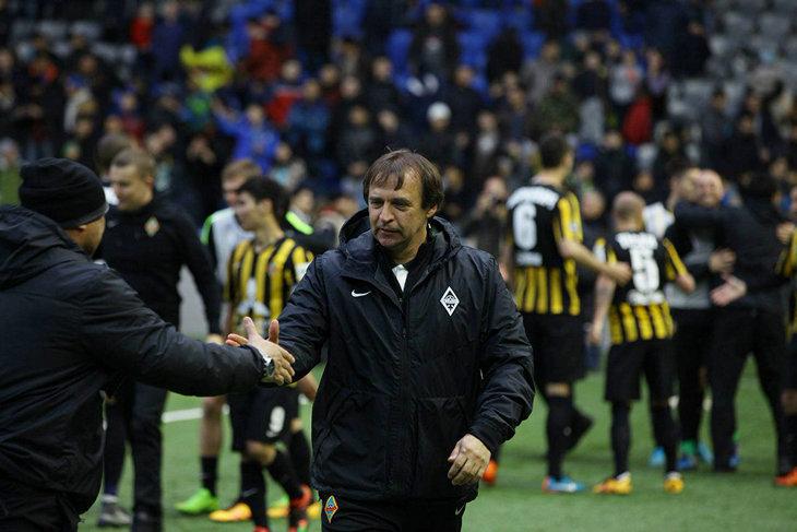 «Черчесов заявил, что готов дойти до финала». Как выбирали тренера сборной на домашний ЧМ