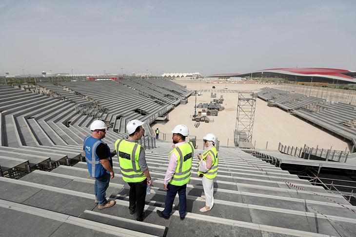 До боя Хабиб – Порье два месяца, но арену в Абу-Даби еще не построили