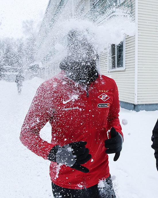 «Лицо замерзает, хочешь матюкнуться на кого-нибудь, но не можешь». Снежные сборы «Спартака» в Тарасовке