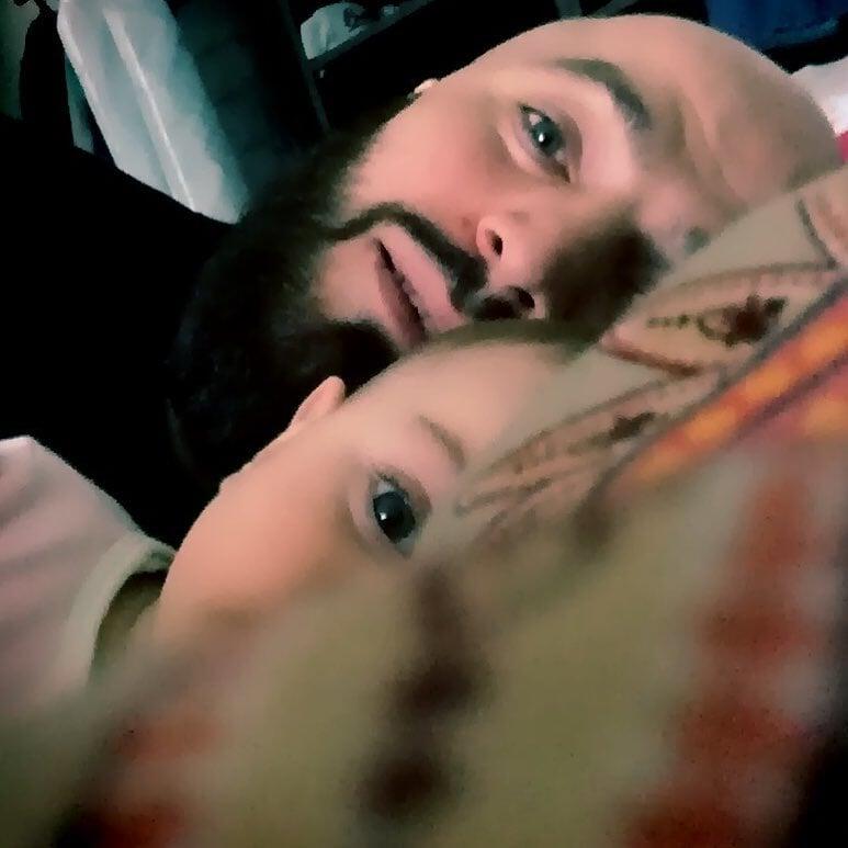 «Говорю дочке, что феи нет». Мага Исмаилов – про ребенка, любовь и воспитание