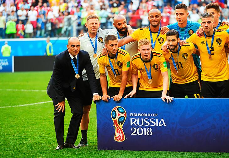 Почему на Евро нет матча за третье место? А бронзовые медали вручают?