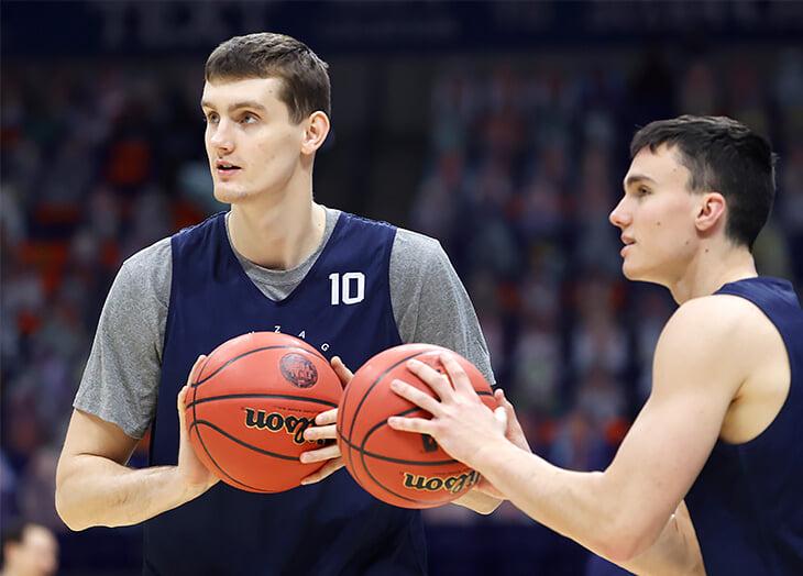 Этой ночью еще один русский баскетболист может стать чемпионом NCAA. Что мы знаем о Павле Захарове?
