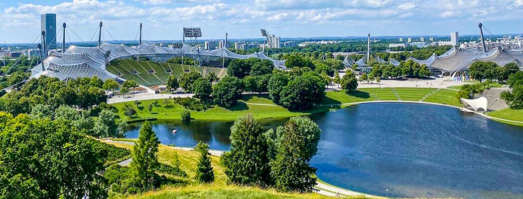 Я увидел Олимпийский парк Мюнхена – это чудо! Построили на свалке, не тронули часовню от русского эмигранта, помнят теракт на Играх-72