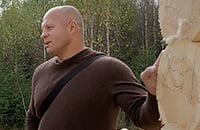 «Храм недалеко, речка». Федор Емельяненко показал гостевой дом и рассказал о лояльности гаишников