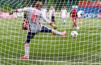 «В КФК зарплата стабильная — 15 тысяч рублей в месяц». Как любители зарабатывают игрой в футбол