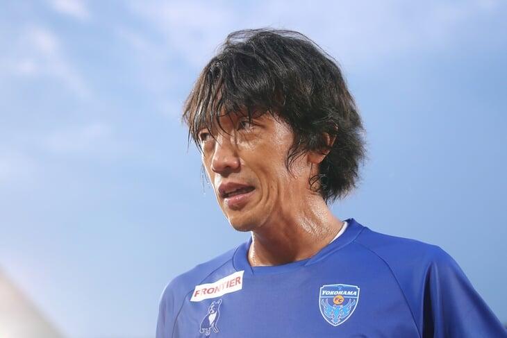 53-летний Миура без конца гонится за рекордом Зико (нужно забить всего один гол в вышке). Их борьба – голливудский сценарий