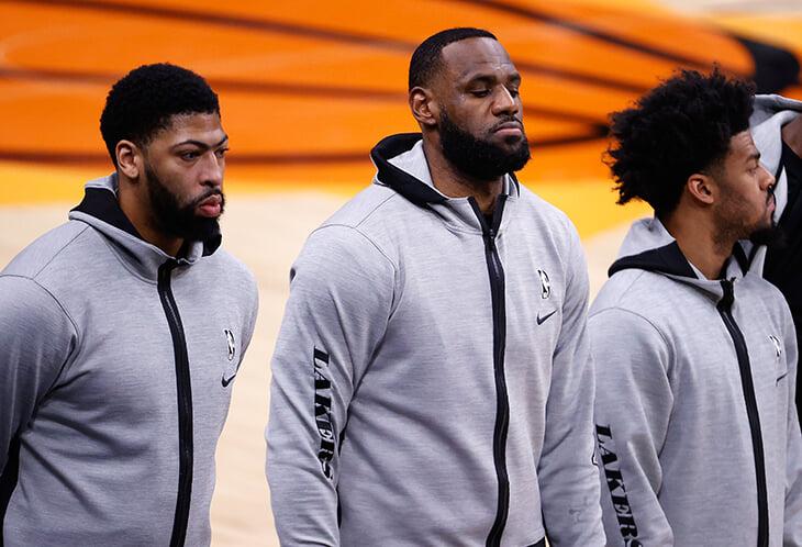 Афроамериканцы из НБА боятся прививаться против коронавируса. Считается, что этот страх вызван незаконными медицинскими опытами XX века
