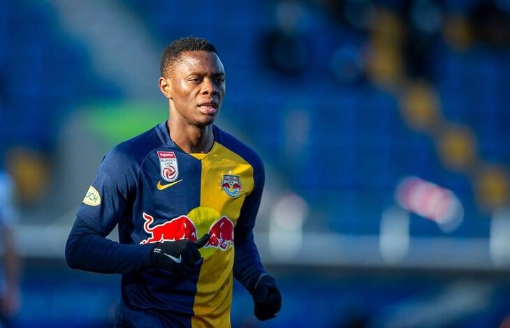 Замбиец из «Зальцбурга» положил хет-трик за 8 минут. Он выносит австрийскую Бундеслигу (23 гола в 19 матчах), хочет стать суперзвездой Африки