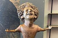 В Египте показали статую Салаха с огромной головой. Это ужаснее бюста Роналду
