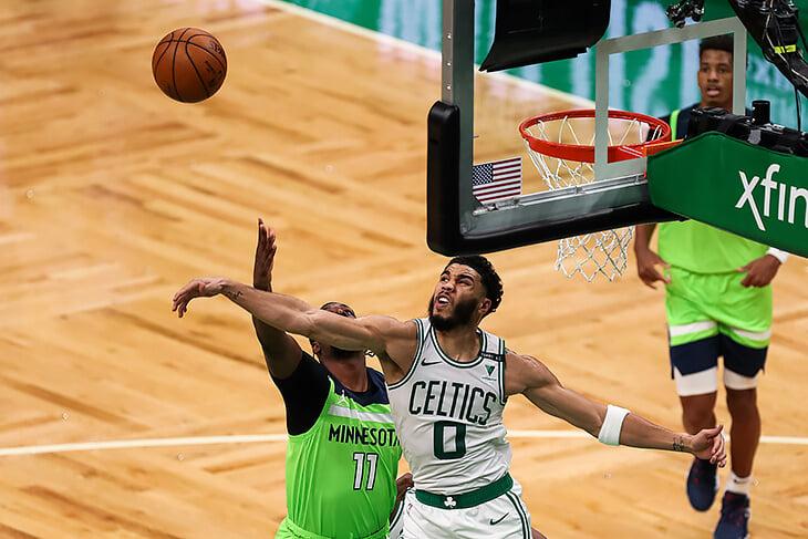 «Бостон» погнался за рекордом для своей молодой звезды – и чуть не спустил уже выигранный матч худшей команде НБА