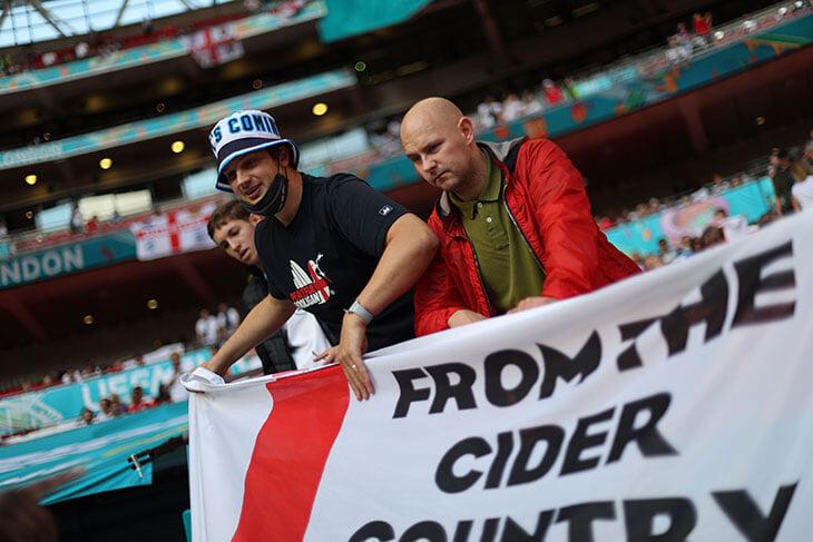 «Уэмбли» было все равно на пенальти. За сборную Англии еще никогда не болели так яростно