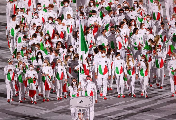 Открытие Олимпиады-2020: продолжается парад спортсменов, Россия только что вышла. Онлайн