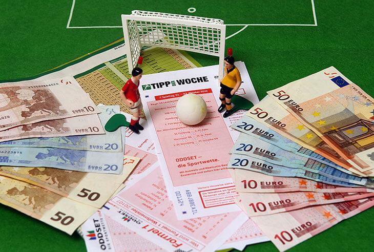 Инвестбанкир разобрал типичные финансовые ошибки спортсменов. И смоделировал безопасный план накоплений