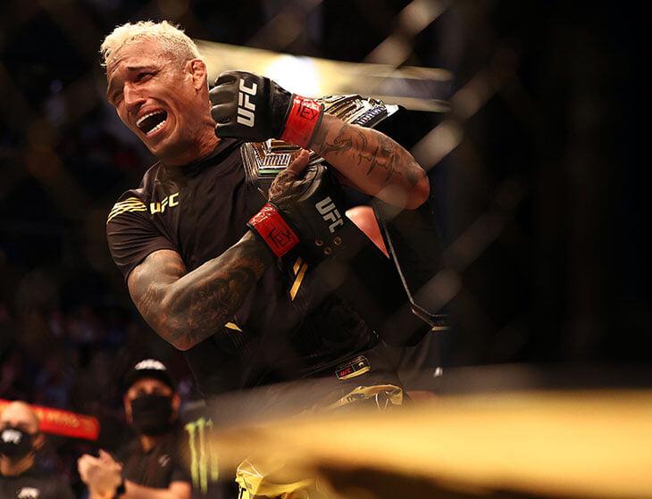Рос в фавелах, чуть не стал инвалидом из-за артрита, а теперь – чемпион UFC. Рассказываем про Чарльза Оливейру – сменщика Хабиба