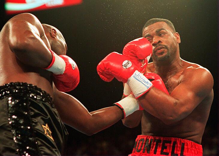 Первое поражение в карьере Роя Джонса – сплошной трэш. Он дважды влупил сопернику, который был в нокдауне
