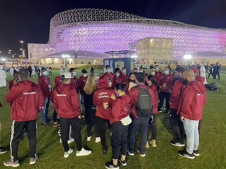 Посмотрели на открытие 45-тысячника к ЧМ в Катаре: в эпоху ковида там собрали почти половину – но пускали только после теста