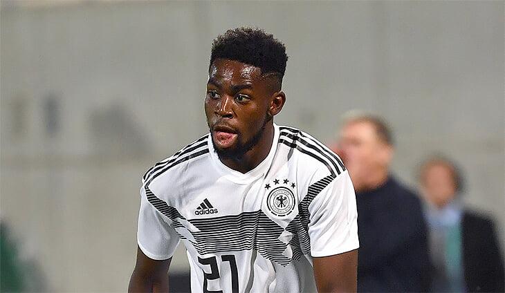 Олимпийская Германия ушла с поля из-за расизма. Оскорбил игрок Гондураса, с этим немцем уже второй скандал за полтора года