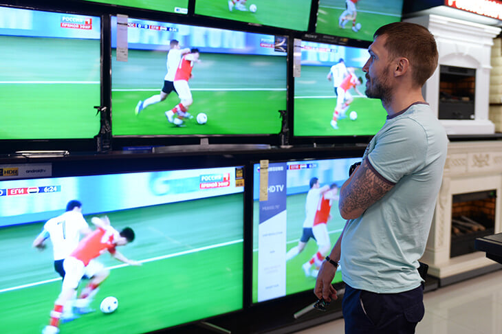 В России новый рынок спортивного ТВ – мы собрали путеводитель. Где смотреть футбол, хоккей, баскетбол и многое другое?