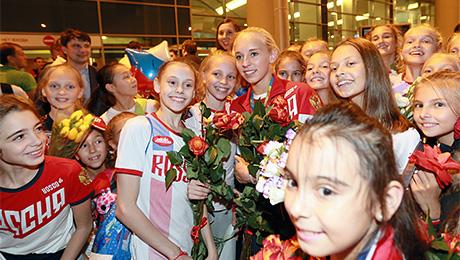 Золотой рейс: олимпийцы вернулись на Родину