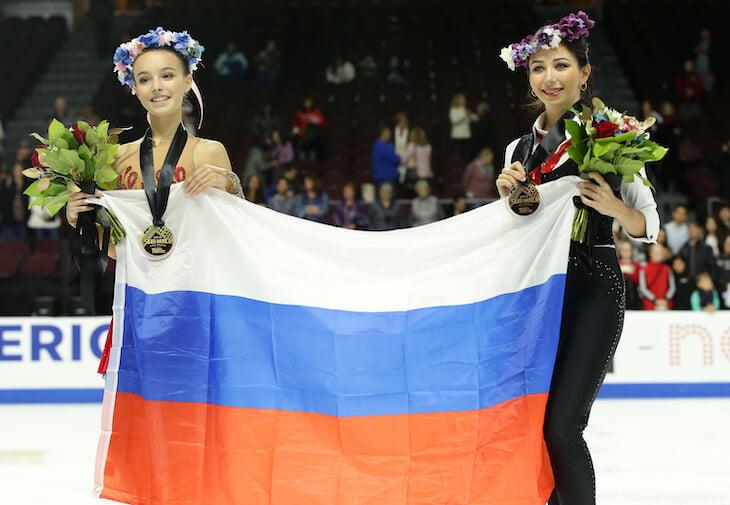 Первая взрослая победа Щербаковой: два платья в одном номере, два четверных прыжка, атака на рекорд Трусовой