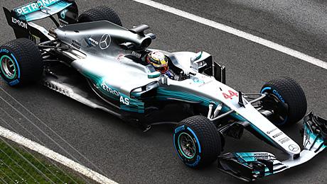 Чемпионы «Формулы-1» продемонстрировали новый болид