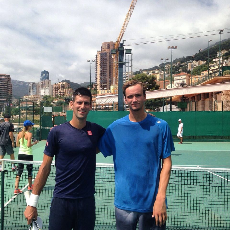 Медведев, Джокович и половина топ-10 живут в Монако. Почему теннисистов туда так манит?