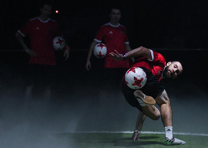Новейшую форму для футболистов сборной Российской Федерации представили в столицеРФ