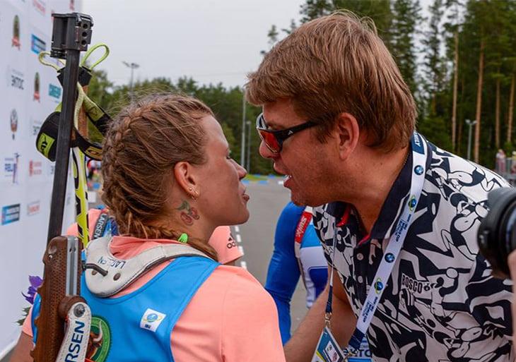 Татухи биатлонистов видно только летом: дракон во всю спину, вишенки на шее, лучник на груди