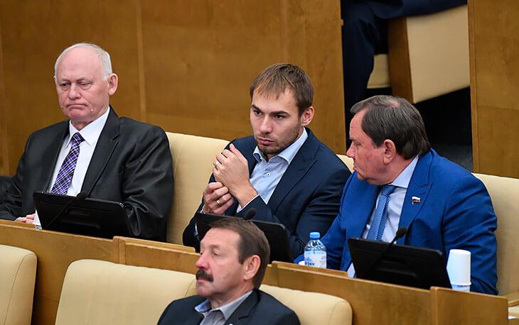 Спортсмены рвутся в Госдуму: Вяльбе вынесла всех на праймериз, Журова обогнала Драчева, а Роднина идет на четвертый срок