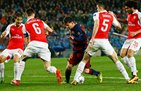 Месут Озил, Жереми Матье, Барселона, примера Испания, Лига чемпионов, Арсенал, болельщики, Камп Ноу