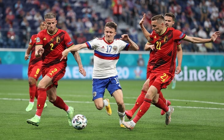 Главные цифры старта Евро: Роналду – лидер по моментам, Франция – самая непрессингующая, а Россия – худшая по ключевым ошибкам