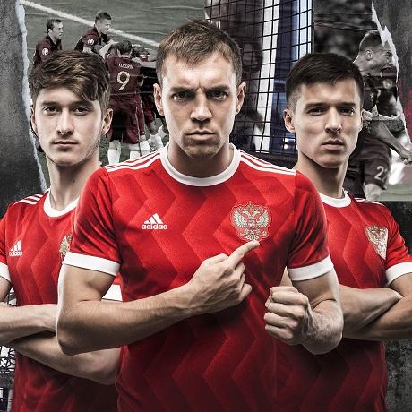 «Для футболистов новая форма будет мотиватором»— Черчесов