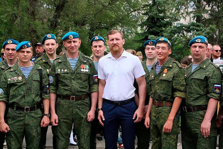 «Мой народ не ассоциируется с водкой». Главный русский нокаутер – про голые кулаки, мужество и работу на АЭС