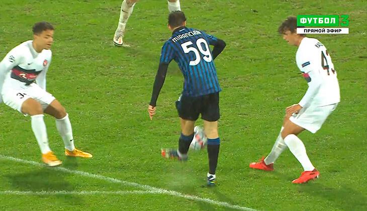 Вау, Миранчук забил первым же ударом за «Аталанту»! Элегантно уложил в девяточку с линии штрафной –вторым касанием, на 8-й минуте дебюта