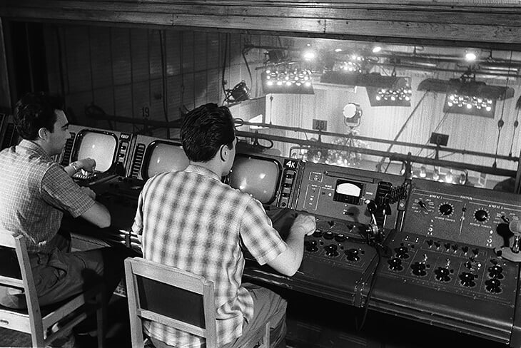 Перед серебром Евро-64 Бесков полгода работал начальником на советском ТВ. Прямо оттуда его позвали в сборную СССР