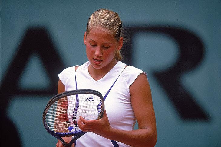 Курникова сыграла на Олимпиаде еще в 15. Она вообще спешила строить карьеру и сводить фанатов с ума красотой