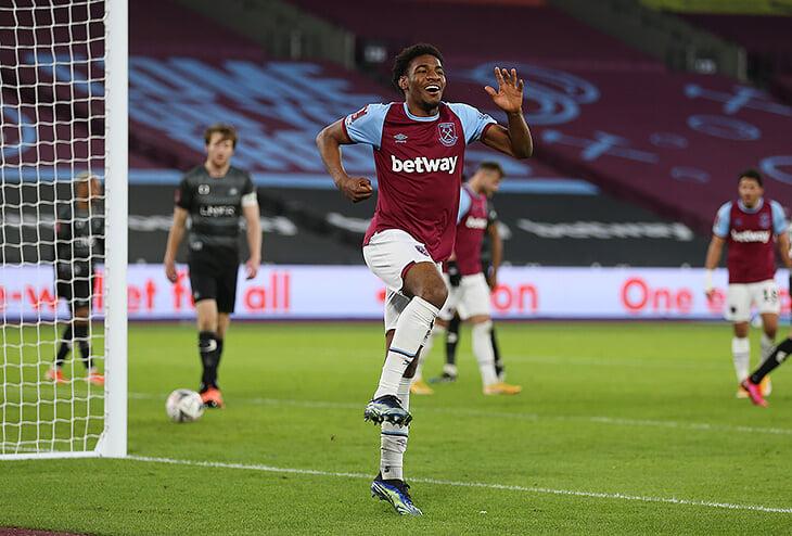 Безумные сутки молодого форварда «Вест Хэма»: сыграл в двух матчах и забил в дебютной игре за основу