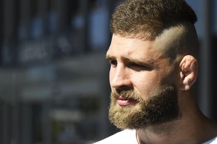Бой с тренером сыновей Кадырова, отказ от секса и пост перед поединками. Рассказываем про чешского нокаутера UFC