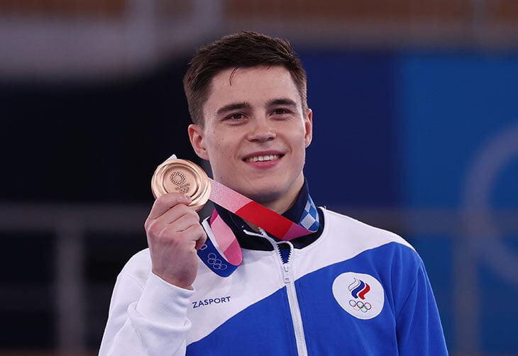 Евлоев взял золото в греко-римской борьбе, у Нагорного – бронза на перекладине, Шубенков снялся с Игр. Онлайн дня на Олимпиаде