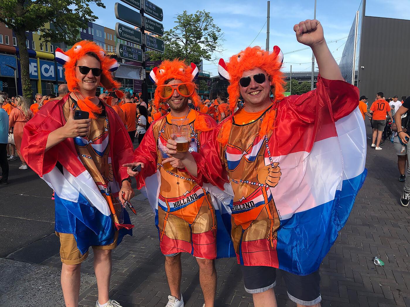 Кайф из Амстердама: голландцы и австрийцы напомнили, что Евро – это праздник