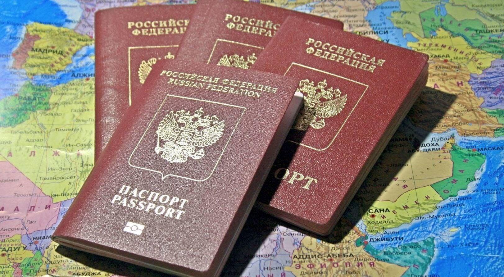 Крылов о лимите: Я против. У нас есть игроки третьих-четвертых звеньев, получающие 40-50 млн рублей  только за паспорт