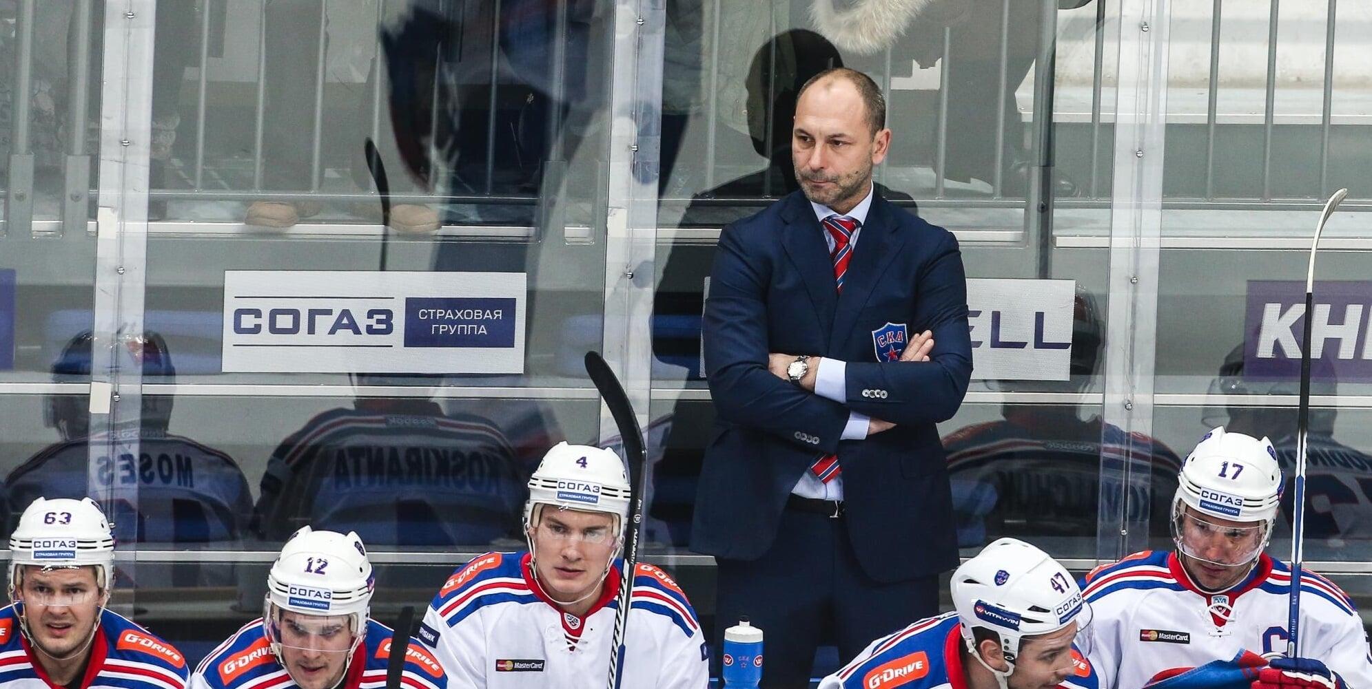 Зубов войдет в тренерский штаб сборной России. Он будет работать с защитниками