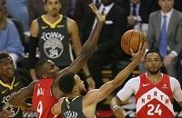 Теперь лишь чудо спасет «Голден Стэйт». Лучшие моменты четвертой игры финала НБА
