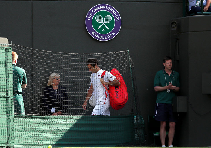 Федерер проиграл Андерсону вчетвертьфинале Уимблдона, упустив матчбол