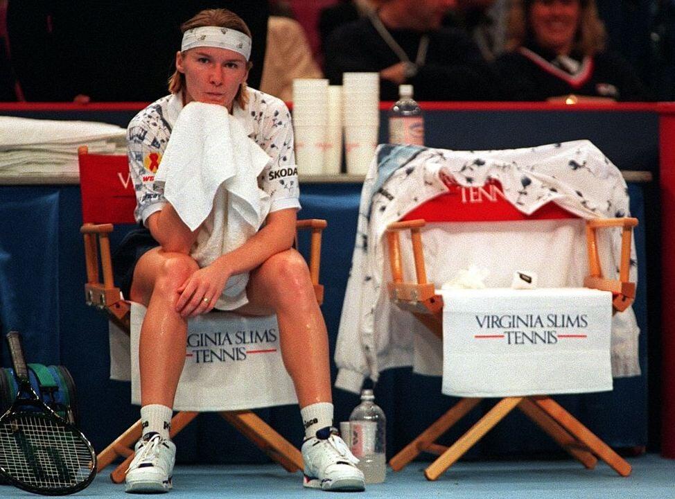 В 90-х женский теннис боялся тела: отказались от женственного изгиба на лого и контракта с Tampax