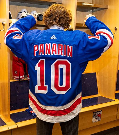 «Он подкрался сзади и приставил свой болт к моему лицу». Бывший тафгай раскрывает секреты НХЛ