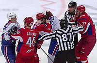 «Локомотив» и СКА закончили матч массовыми драками. Бился даже Ковальчук